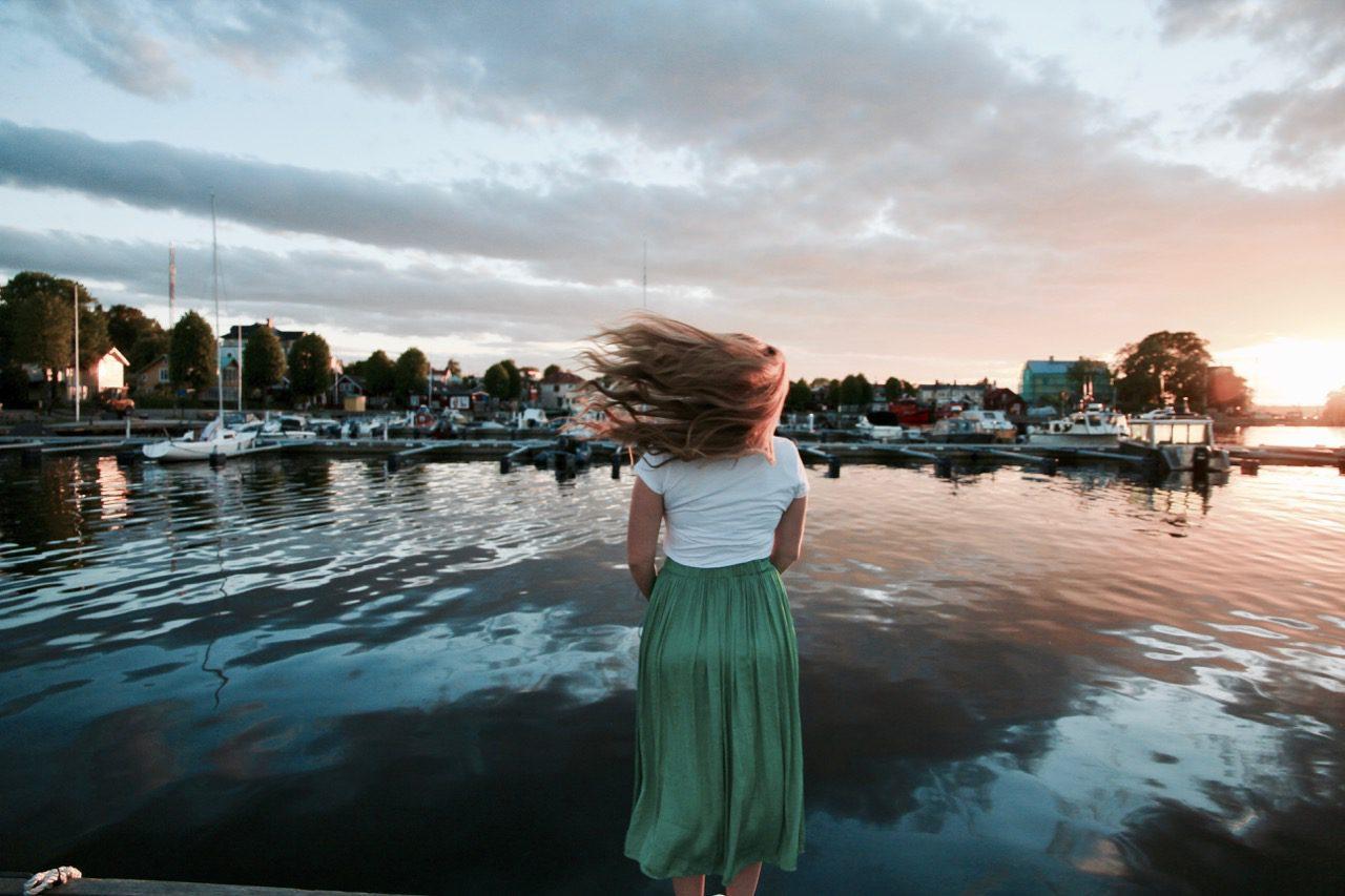 Phoebe Lee Sweden Sandhamn Travel Blogger