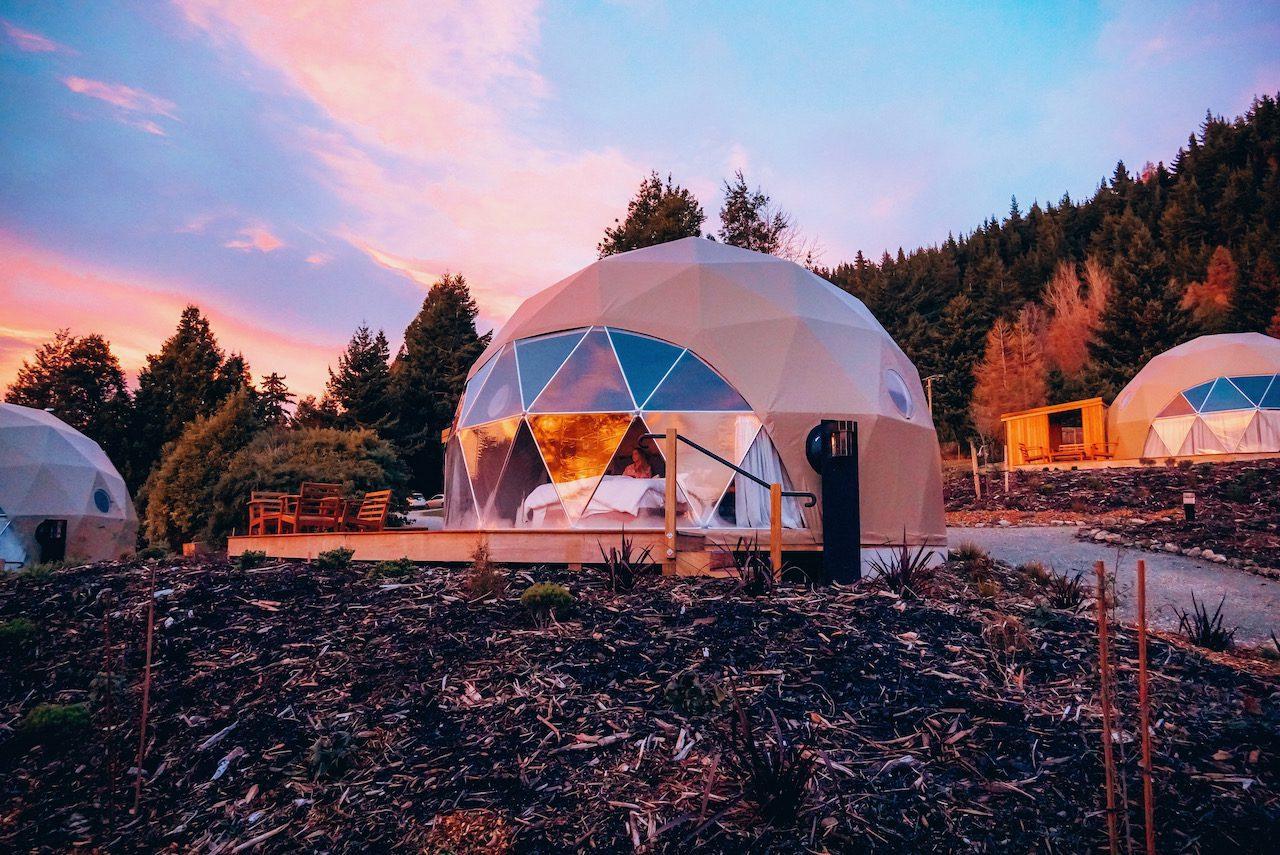 Cross Hill Lodge & Domes © Little Grey Box