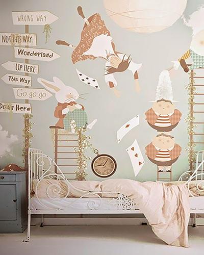 LH – Alice in Wonderland Room
