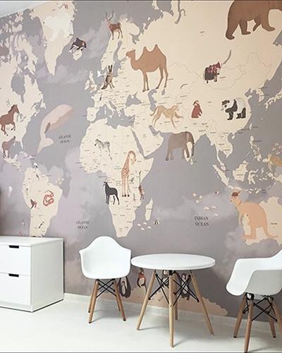 LH – Animals World Map Room