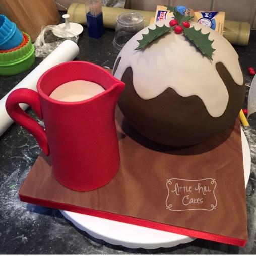 Christmas Pudding & Jug Cake