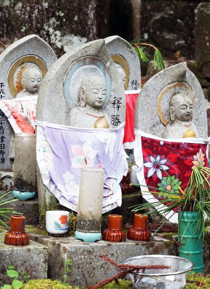 Did you know that Koyasan is one of the centers of Shingon Buddhism? You can live with the monks and learn Ajikan meditation, practice Buddhist sutra writing, and join in early morning prayers and ceremonies.