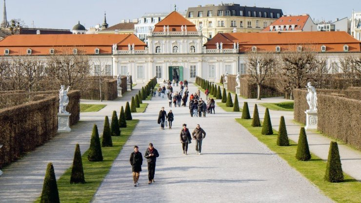 This road trip itinerary starts in Vienna, Austria's glorious capital. Take a few days to explore Vienna's museums and monuments, and learn about Austria through its music and art.