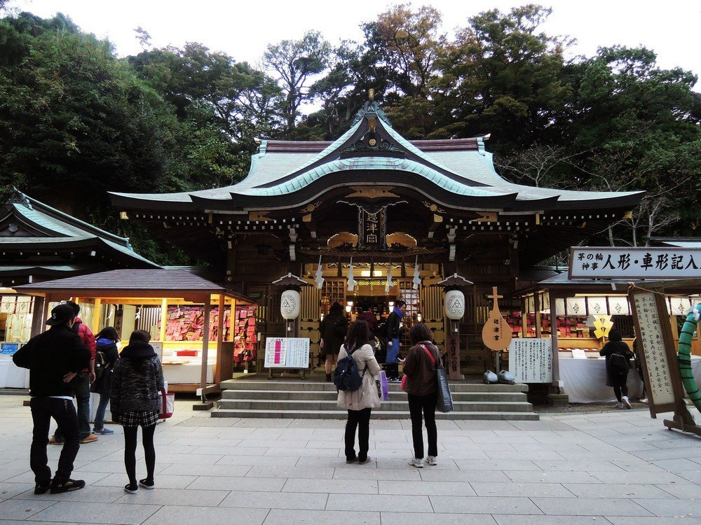 Visit the shrines and temples of Enoshima for a better understanding of Japanese spirituality.