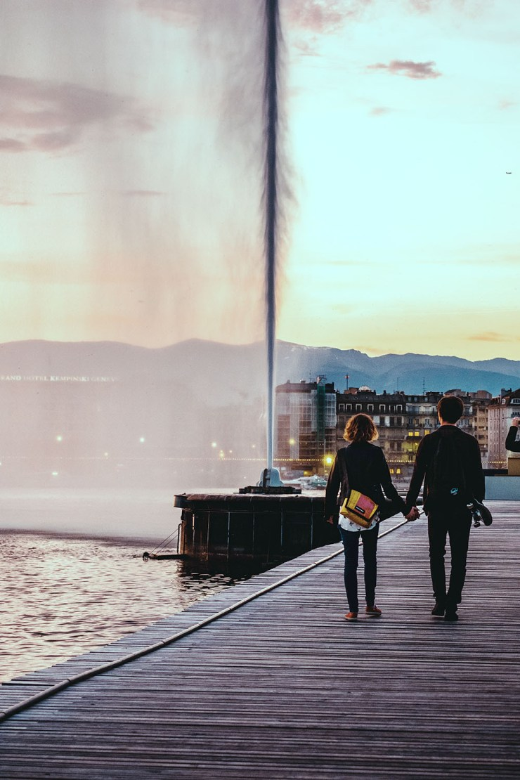 Fall in love with Geneva's intoxicating mix of gorgeous natural landscapes and cosmopolitan vibe. Start your holiday with a stroll by Lake Geneva, home to Jet d'Eau, swans and seagulls, and a window to the Swiss Alps. Here's how to spend 3 days in Geneva, Switzerland.