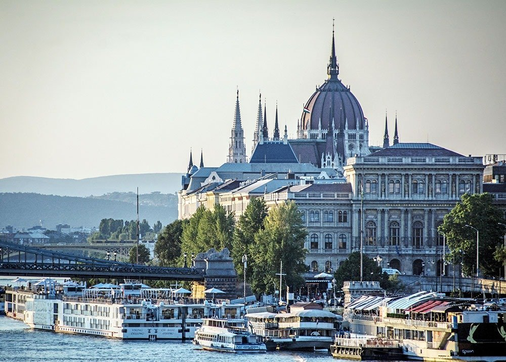 Stay in Budapest's downtown district for easy access to the city's essential landmarks. The Hungarian Parliament, St. Stephen's Basilica, and the Danube Riverwalk are all within walking distance, as well as the best shopping streets and upscale restaurants. Plan your holiday to Budapest with this essential neighborhood guide. Here's where to stay in Budapest.