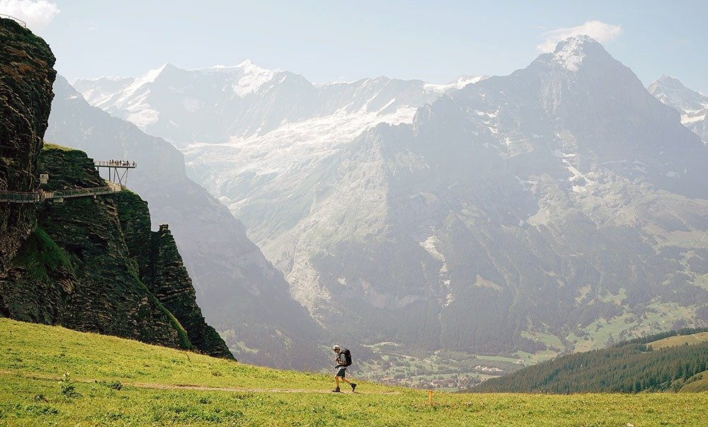 Grindelwald is the perfect place to stay in Jungfrau if you're looking for adventure! It's the ideal base for hiking and biking, winter sports, and for visiting Grindelwald First and Jungfraujoch. Check out the best places and hotels to stay in Jungfrau.