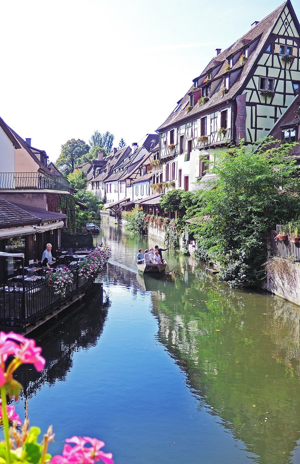 The best base for a road trip in Alsace is Colmar. Perfect weather + amazing restaurants + beautiful cityscape makes for a great holiday indeed. Click through for a complete guide to driving in Alsace.