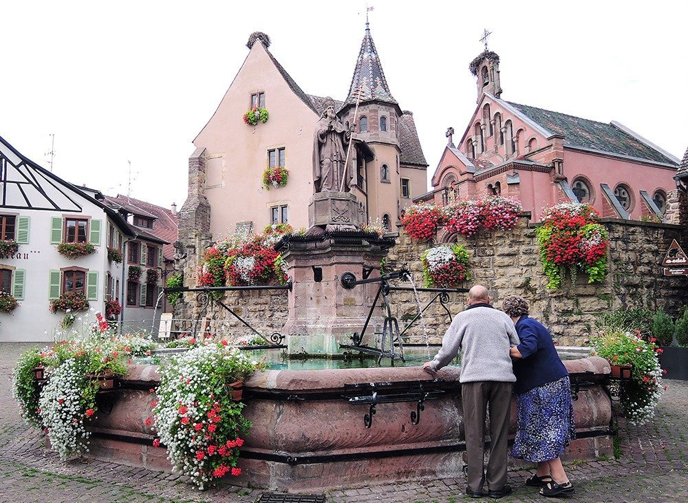 Of the many towns you can visit while driving in Alsace, Eguisheim is the prettiest of them all. With typical Alsatian half-timbered houses and a cobbled medieval center, stepping into Eguisheim is like stepping into your favorite fairytale. You'll find more gorgeous spots on our road trip guide to Alsace.