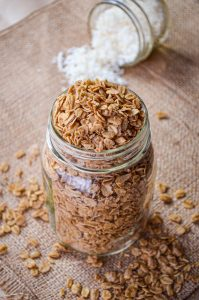 This Healthy Cinnamon Granola is made with oats, coconut oil, and maple syrup. No refined or artificial sweeteners, and absolutely delicious!