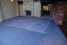 Floor with a second screed applied