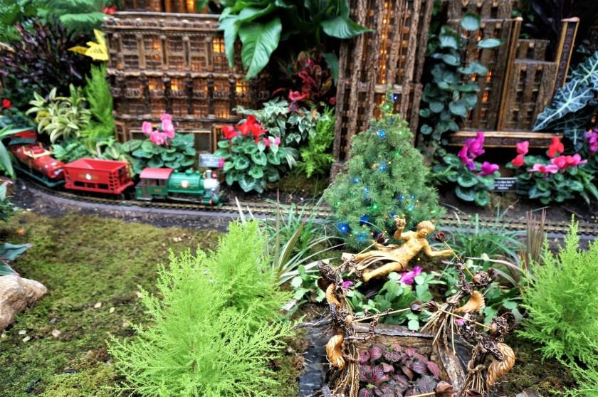 New York Botanical Garden Train Show Rockefeller Center