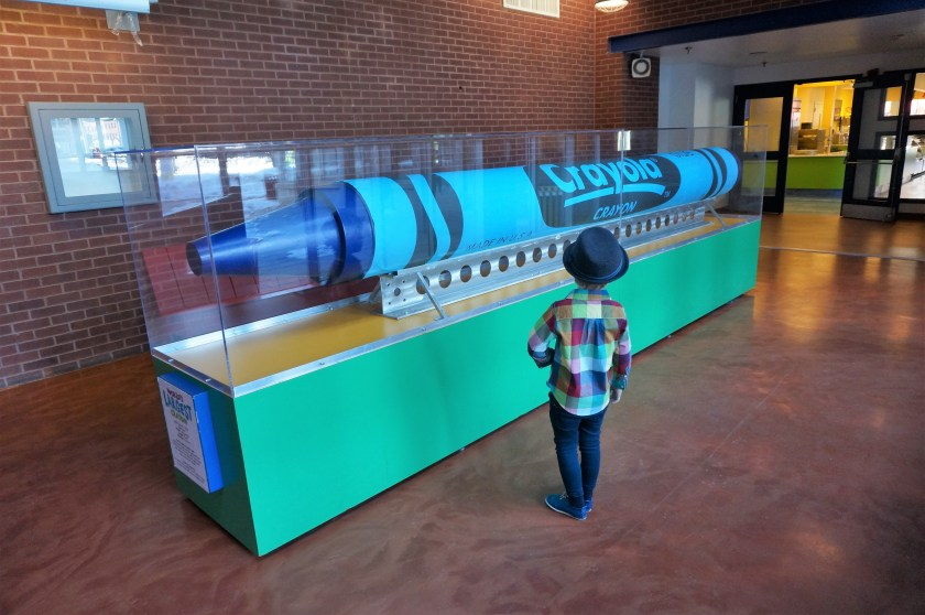 Crayola Experience in Easton - World's Largest Crayon