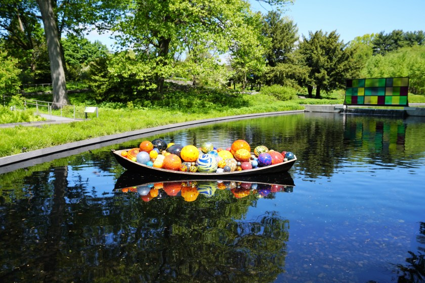 Chihuly: Float Boat