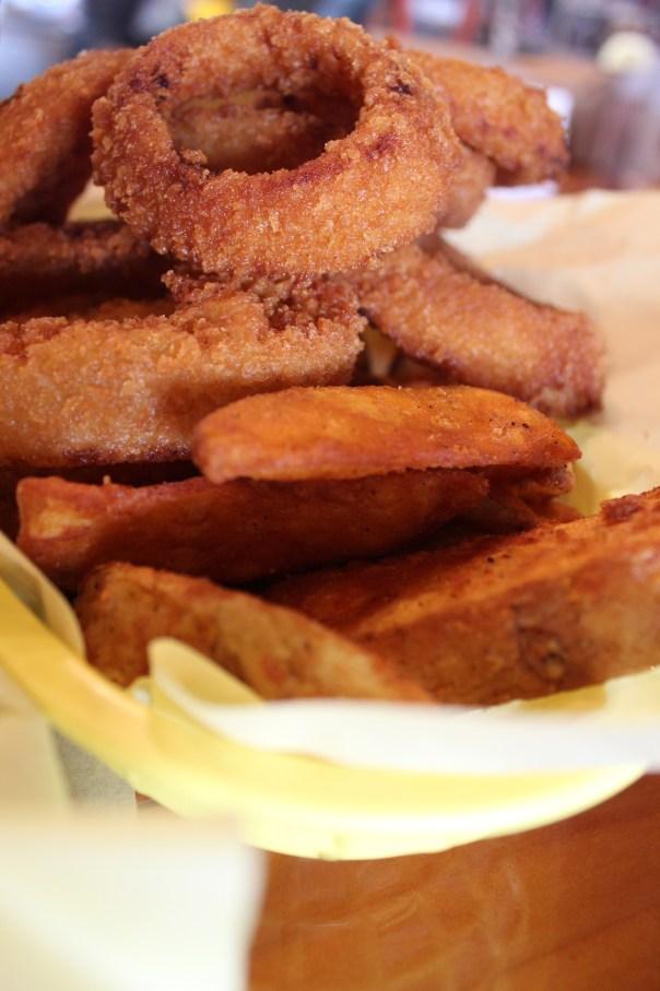 Hodad's, San Diego, Onion Rings, French Fries, Fresh, Homemade