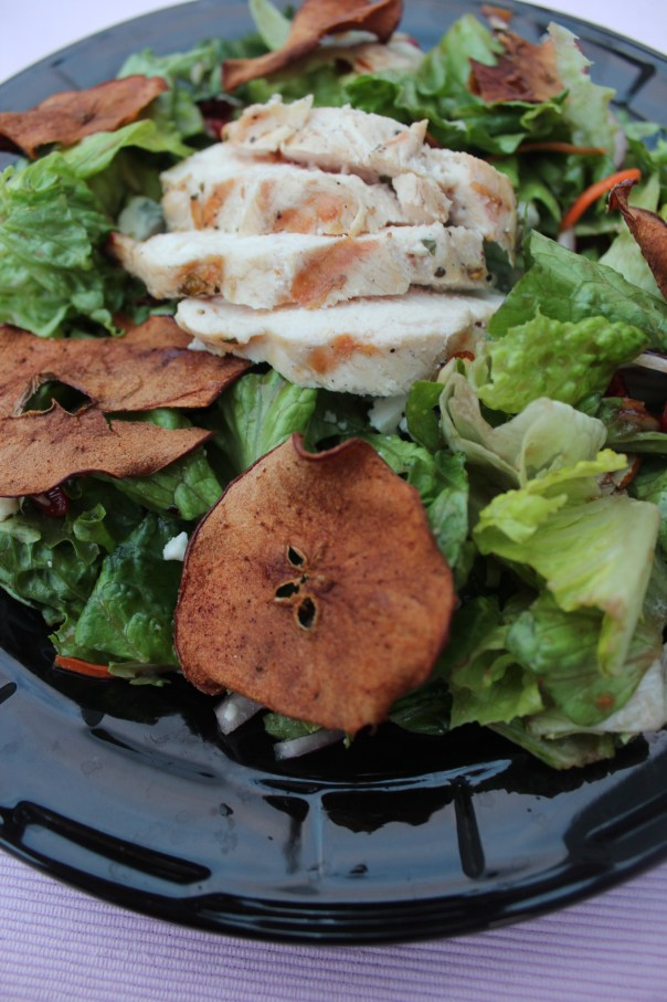 crisp apples, salad, balsamic vinaigrette dressing, recipe, gorgonzola cheese, fall salad, grilled chicken