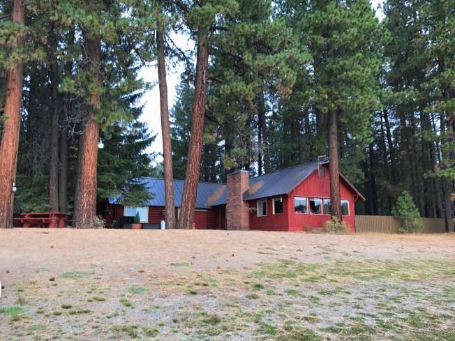 The main lodge/restaurant