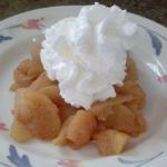 Apple dessert with whip cream