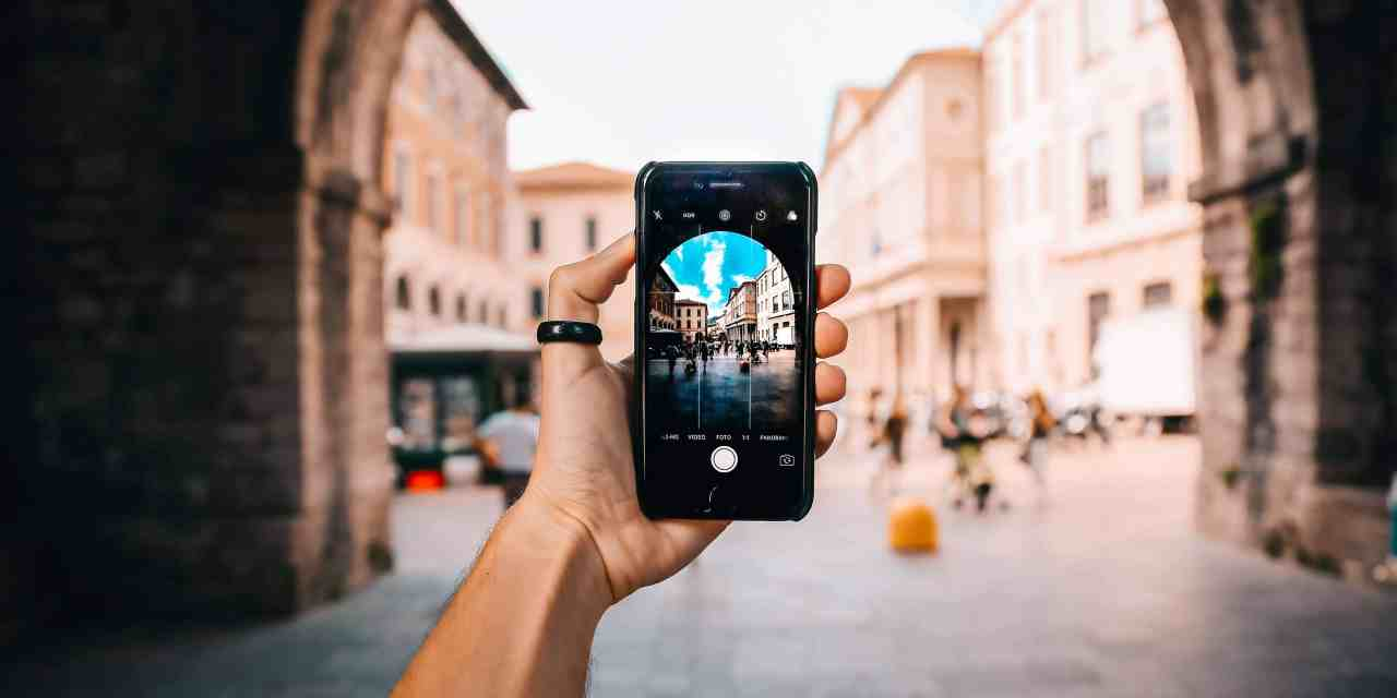 10 Best Free Travel Apps to Download Before Your Next Trip