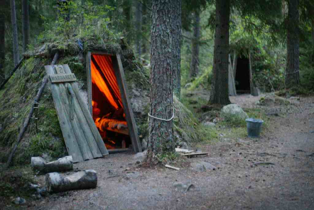 Picture of a wooden coal hut at Kolarbyn Ecolodge in Sweden.