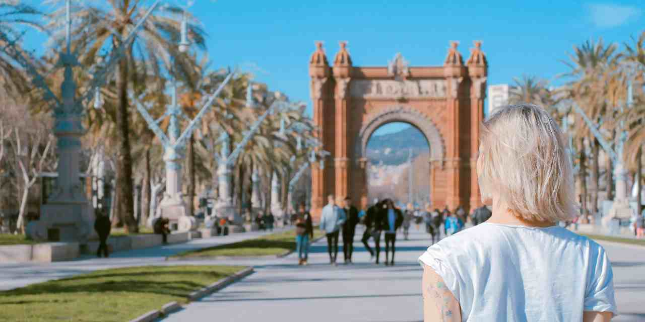 No-Fly Holidays: London to Barcelona by Bus (Review)