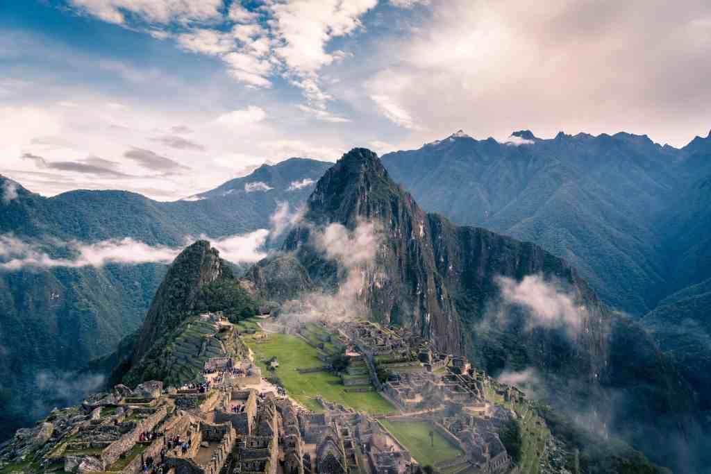 Image of Machu Picchu for Aracari tour.