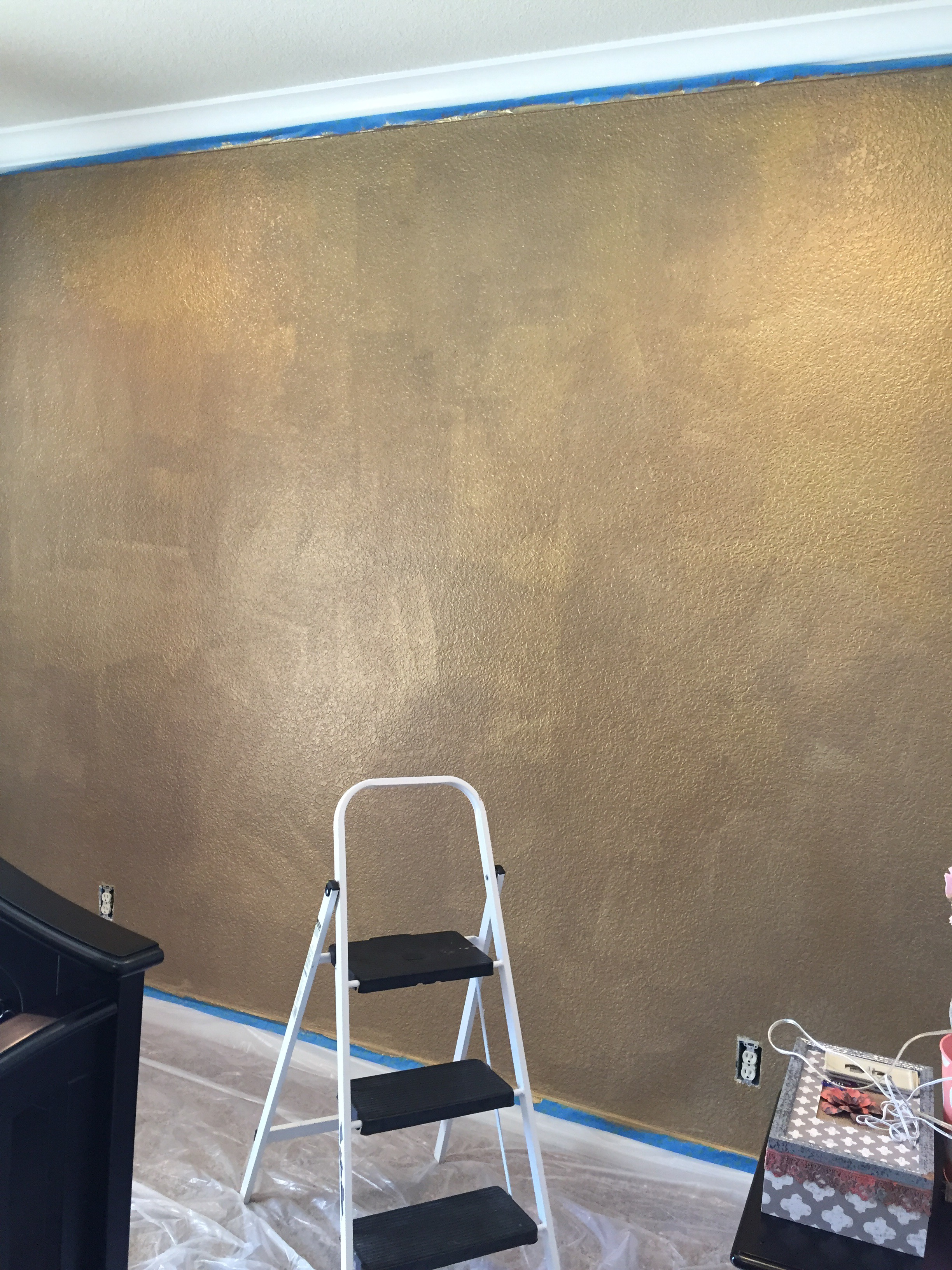 How To Paint A Wall With Gold Glitter Little Lovelies Blog