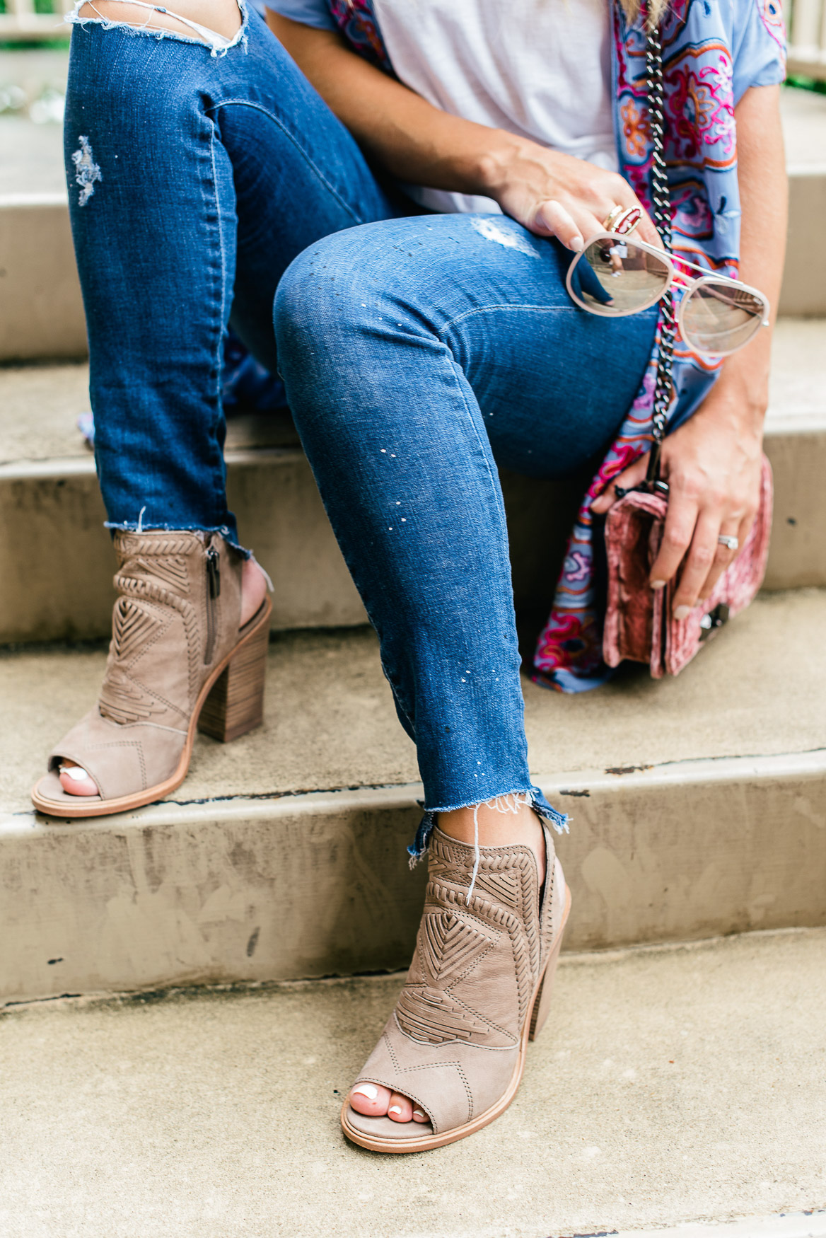 BOOTIES FOR FALL // UPDATE YOUR CLOSET FOR SEASONS