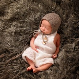 BL L newborn 6108