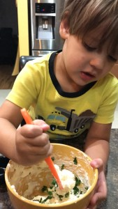 Making Kids Stir Sandwich Spread littlemissblog.com