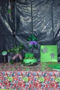 HulkSmash Cake littlemissblog.com