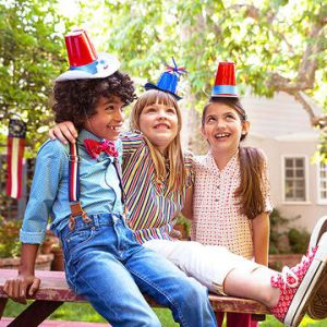 4th of July Part Hats for Kids. Easy DIY Fun!