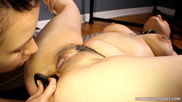 ass to mouth lesbians