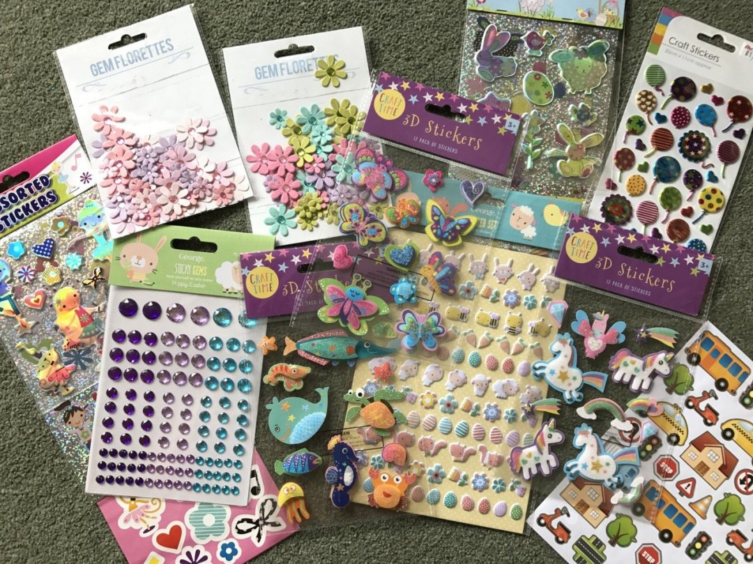 Selection of stickers - Scrapbooking for kids