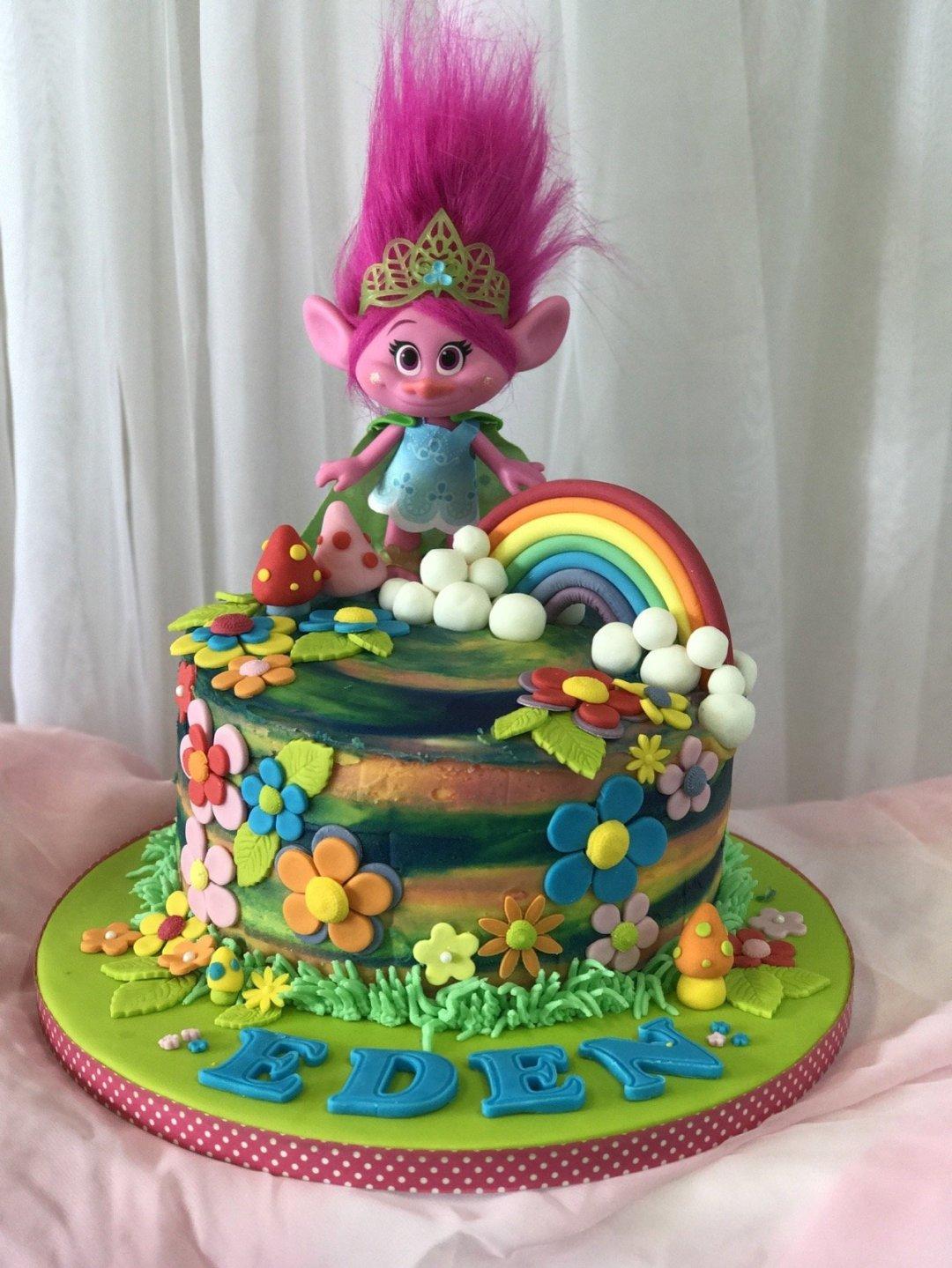 Trolls Party Poppy princess cake