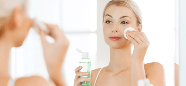 A SUMMER-READY MAKEUP ROUTINE YOU CAN ACTUALLY MAINTAIN