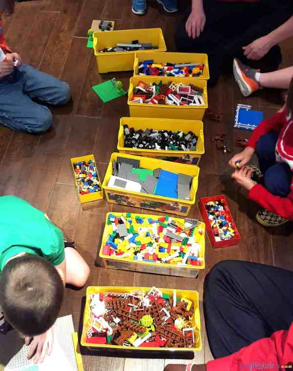 Lego Birthday Party Games and Entertainment with kids n ...