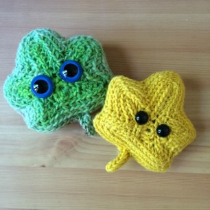 Crochet leaf