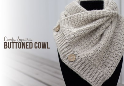 Comfy Squares Buttoned Cowl Crochet Pattern  |  Free crochet button cowl scarf pattern by Little Monkeys Crochet | using Lion Brand Wool-Ease