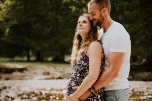 photographe grossesse grenoble chambery femme enceinte coucher soleil champs ble photo maternite_0011