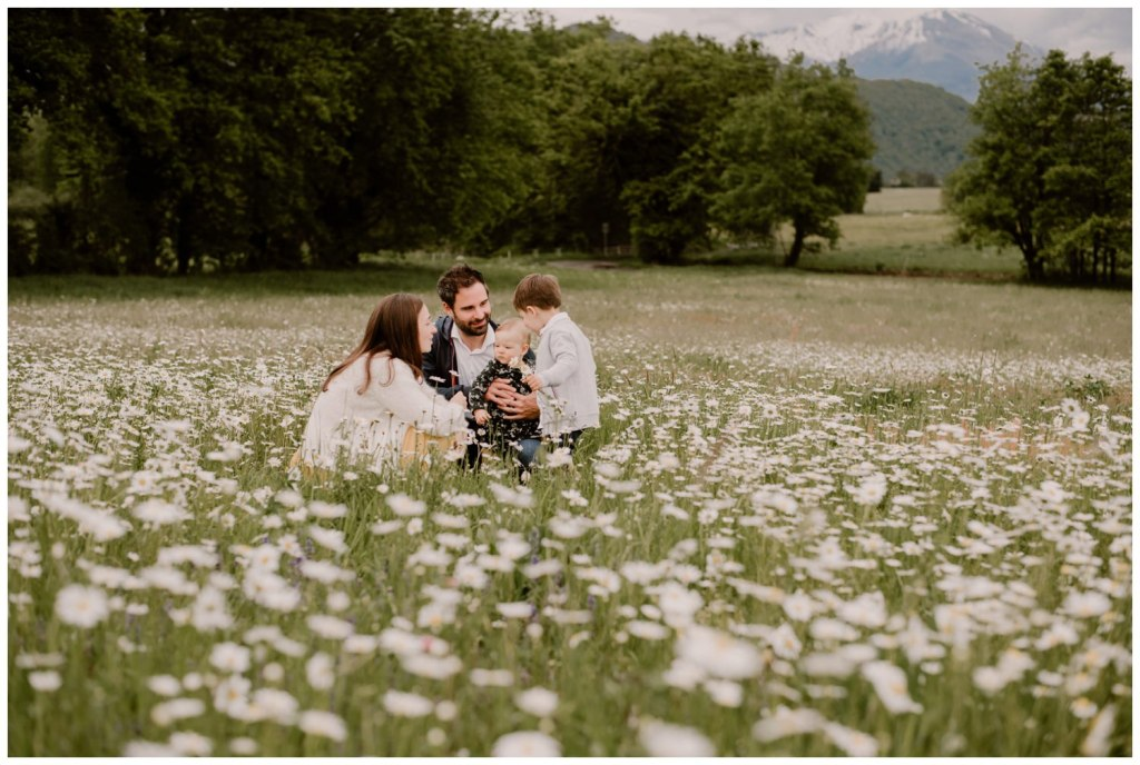 photographe famille grenoble chambery lifestyle little one atelier bebe maternite seance photo lyon - 019