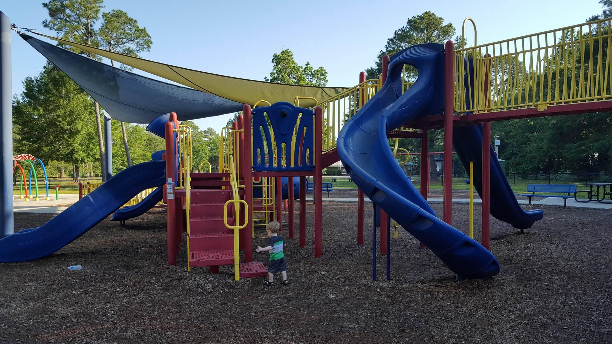 mississippi playground