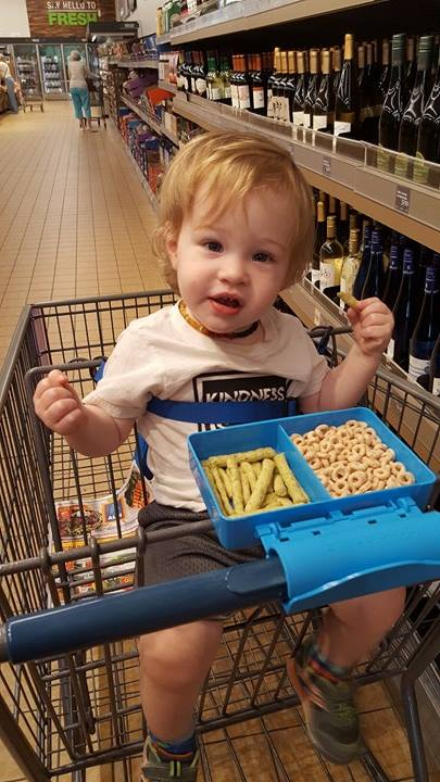grocery shopping at aldi