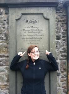 tom riddle grave-edinburgh-harry potter tours-scotland