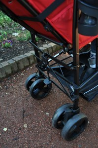 kinderwagon hop- kinderwagon-double stroller-mom of two-umbrella stroller-small footprint