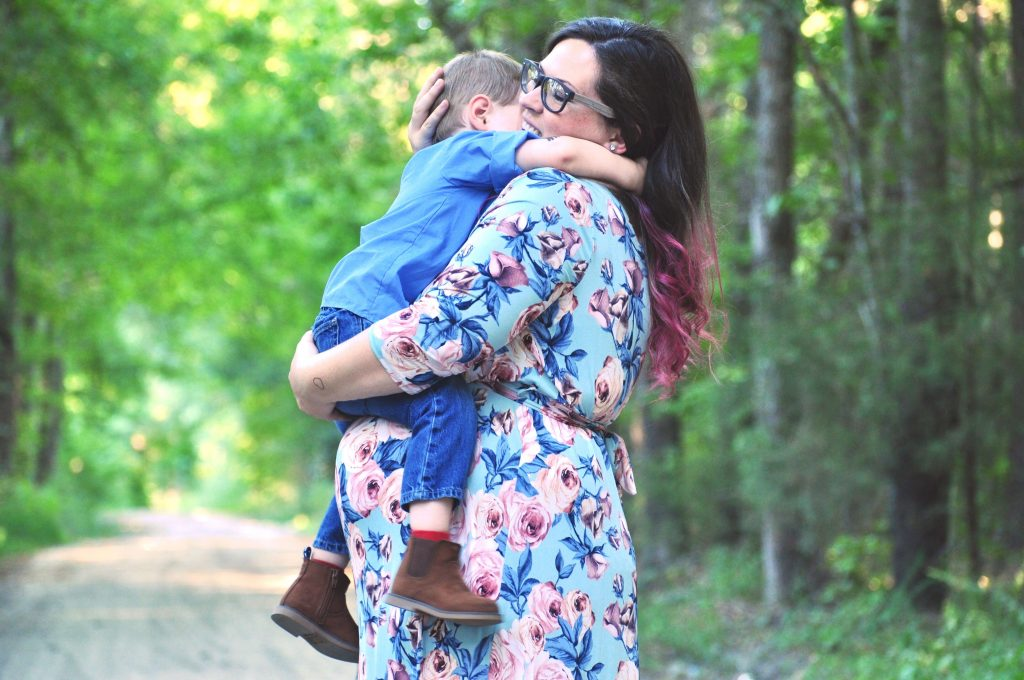 pinkblush maternity-plus size maternity-maternity photos-delivery robe-nursing friendly-florals-maxi dress
