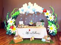 dessert-table-and-balloon-arch