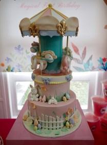 carousel-circus-customised-cake