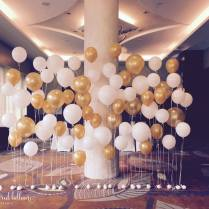 helium-balloon-backdrop-for-wedding