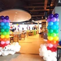 rainbow-balloon-column-singapore